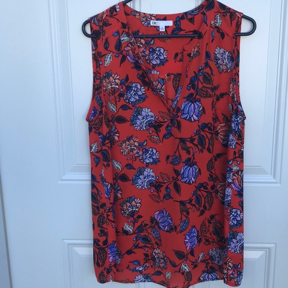 DR2 Tops - DR2, sleeveless blouse with pretty flower print